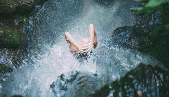 Водопад Кавасан на острове Себу Филиппины